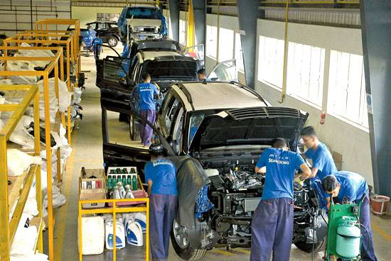 1263297537_news_2008_3_images_newsmicro_car_factory